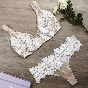 NWT Victoria's Secret Dream Angels Bra & Panty Set